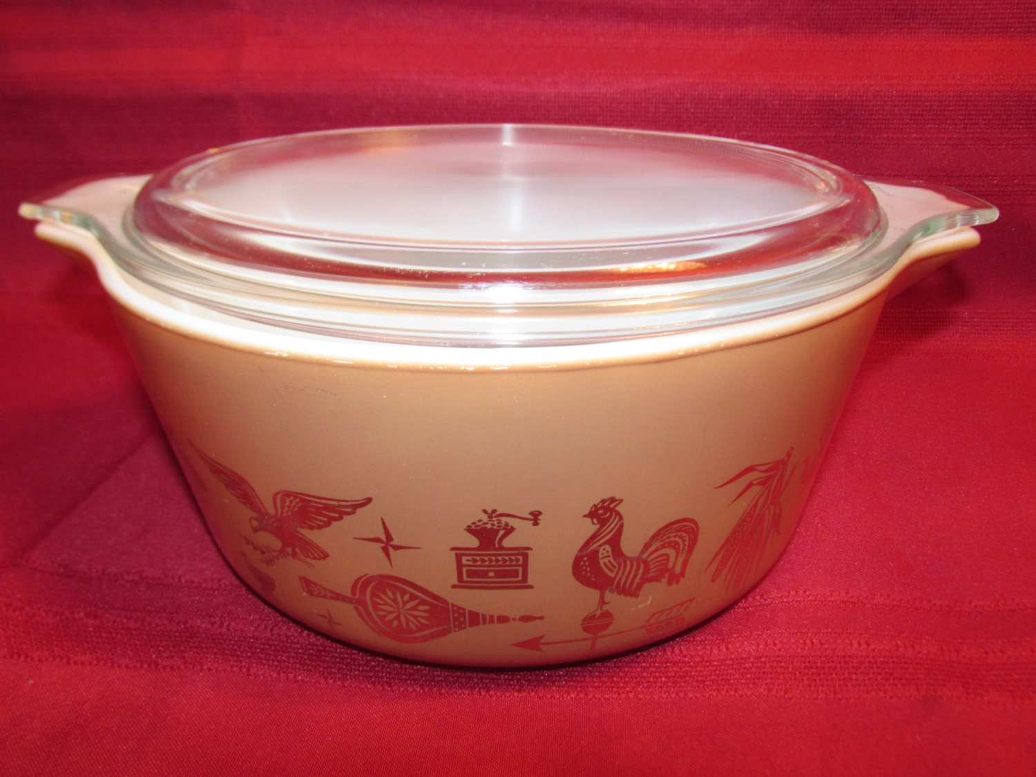 pyrex early american casserole baking dish 475b with lid. Black Bedroom Furniture Sets. Home Design Ideas