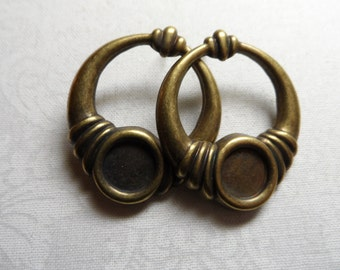 """Stamped vintage gold or silver plate brass hoops w/studs earrings,1&1/8th"""" diameter,2pcs-ERG16"""