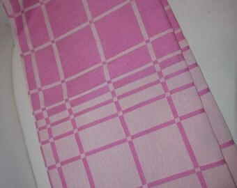 Pink & White - Linen - Table cloth -Sweden - 80s -