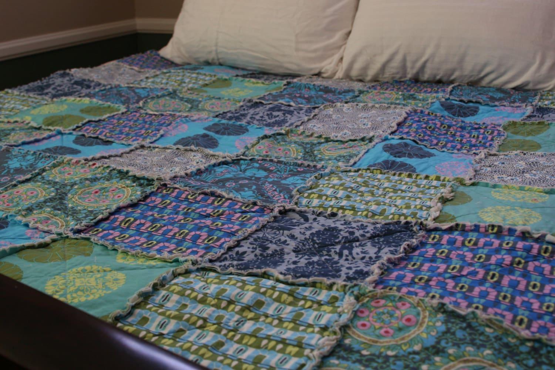 king size quilt rag quilt blue king quilt custom quilt. Black Bedroom Furniture Sets. Home Design Ideas