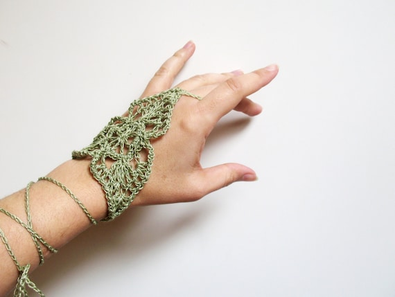 Crocheting By Hand : Crochet Ring Bracelet, Victorian Lace, Crochet Hand Piece, Crochet ...