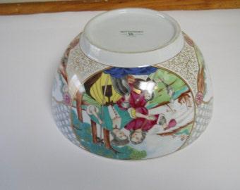 Large Porcelain Mottahedeh Bowl