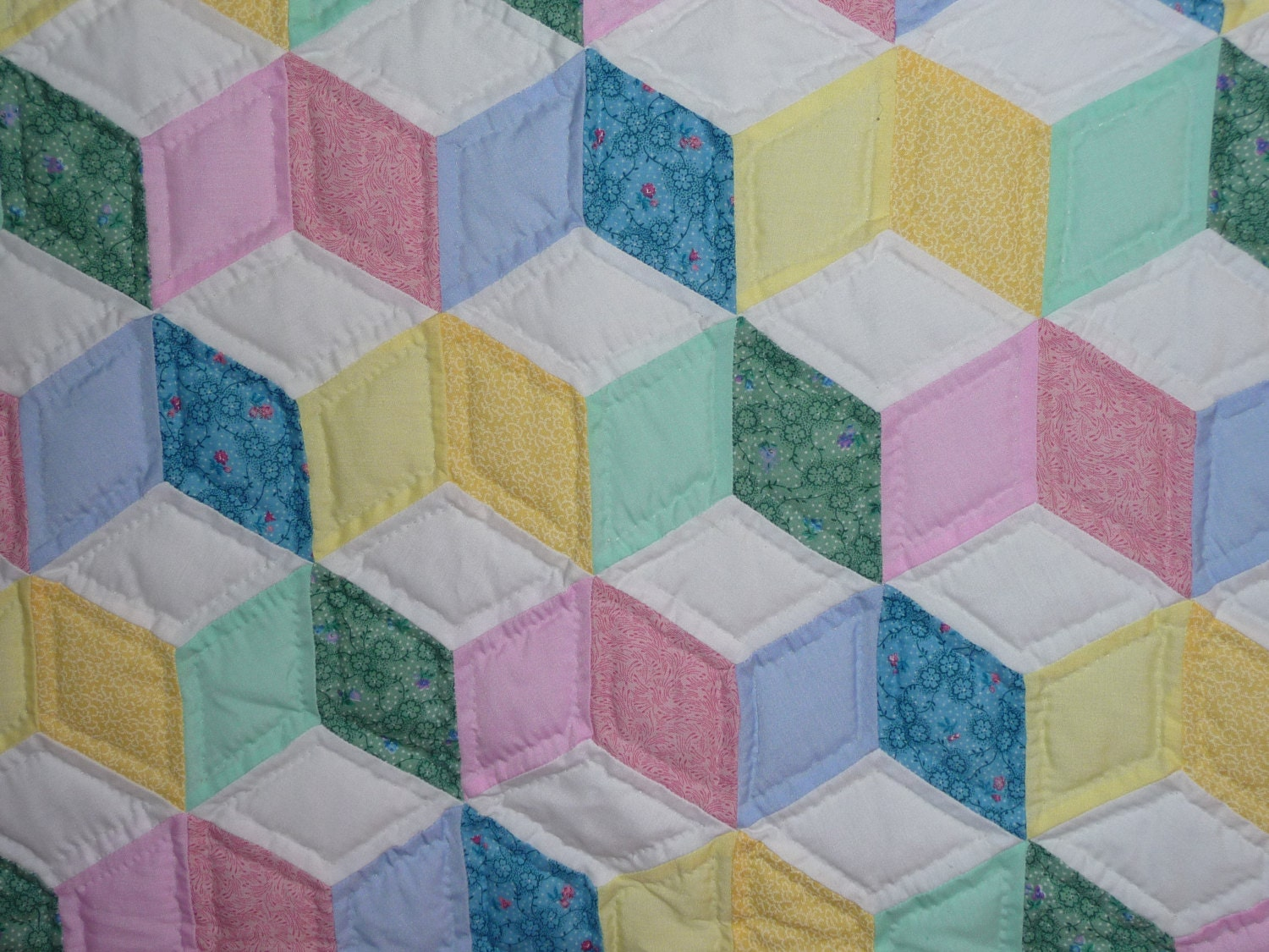 Amish Baby Quilt Tumbling Blocks Pattern by