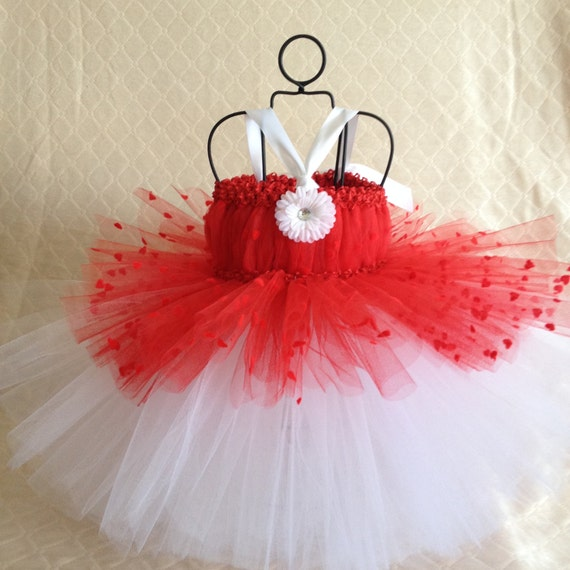 Valentine's Heart tutu dress baby to 18 months, holiday dress, photo prop, wedding, birthday, Valentine's Day Dress