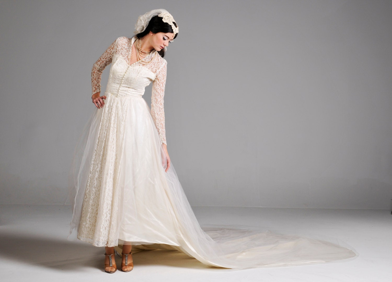 RESERVED:Vintage 40s Wedding Dress // 1940s Ivory Lace And