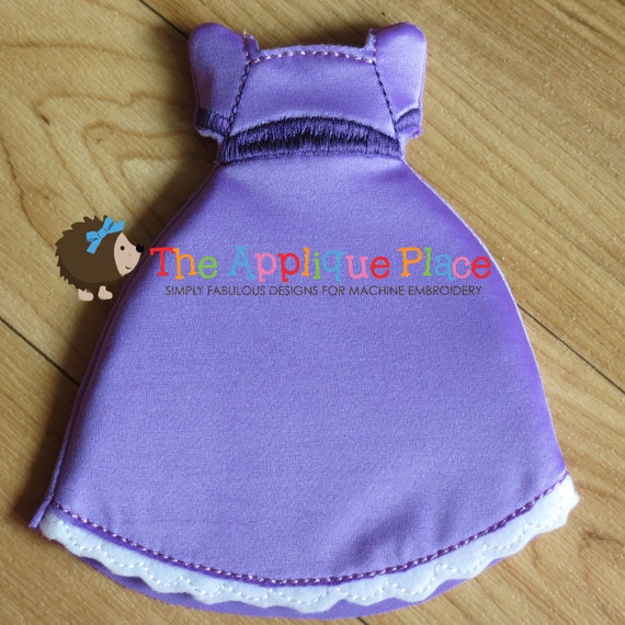 machine embroidery doll clothes in the hoop