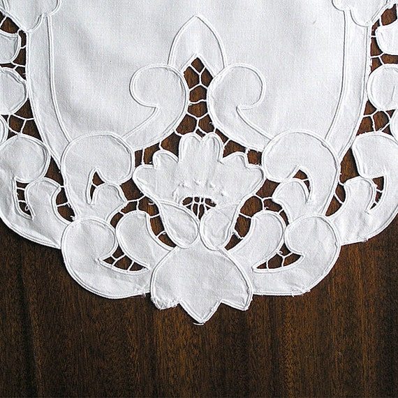 Free Motion Embroidery Vintage Cutwork Embroidery 1970s