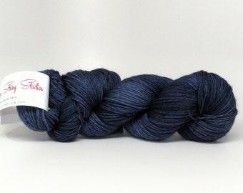 Luxury Fingering Weight - Merino, Cashmere & Nylon - Nautical Navy 100 g - 425 yds