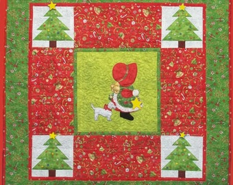 PDF Download - Christmas Star Sunbonnet Sue Wall Hanging Pattern