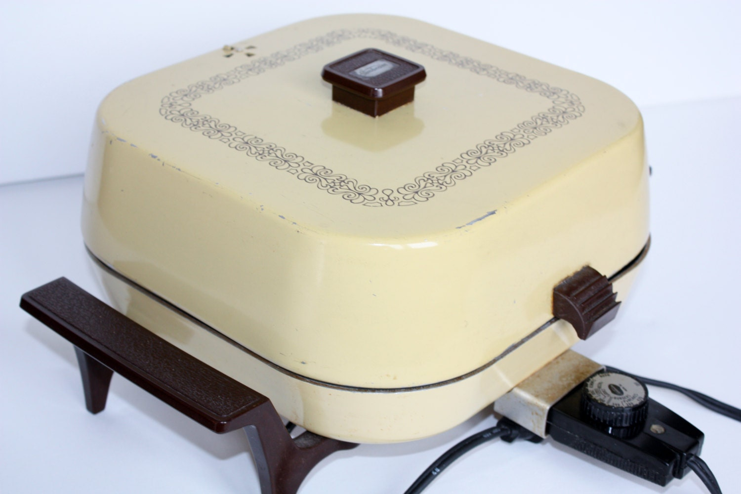 Vintage Sunbeam 11 Non Stick Electric Fry By