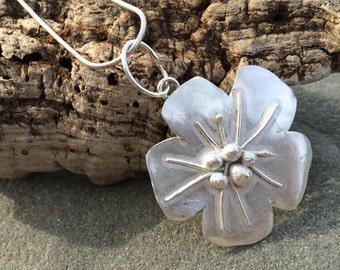 "Solid Silver Necklace ""Fleur"""