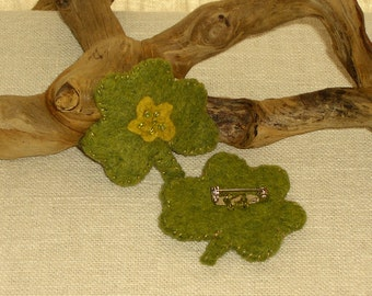 St. Patrick's Day Brooch, Wool Felt Lucky Shamrock Pin - One Brooch Pin* Ready to ship