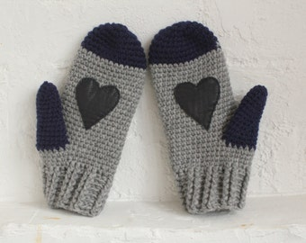 Wool mittens.Crochet Mittens with leather heart. Grey mittens. heart gloves. heart mittens. wool gloves. knitted mittens