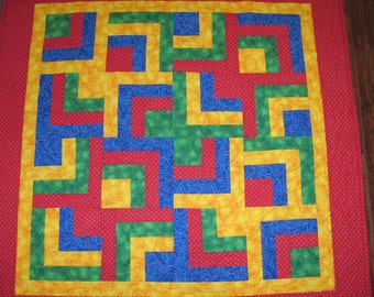 Rainbow Maze Baby Quilt - Maze in Red Yellow Blue Green