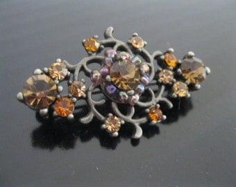 Vintage Czech glass brooch - Vintage Filigree brooch - Filigree Czech glass brooch