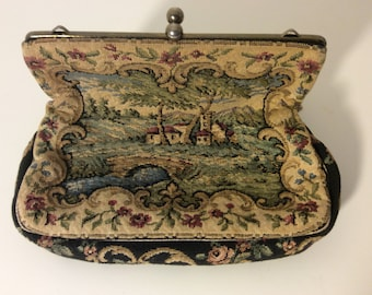 Vintage 1950s Tapestry Clutch Bag   Very nice condition. No defining labels or tags