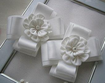 Pair of Kanzashi flower bows girls hair clips- buy in UK, shipping worldwide