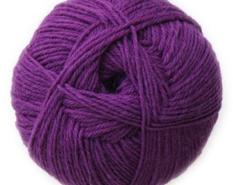 Eggplant Knitca Sock Yarn, Superwash Merino Sock Yarn, Sock Weight Yarn