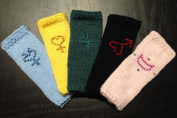 Items similar to Sailor Moon inspired Fingerless Gloves ...