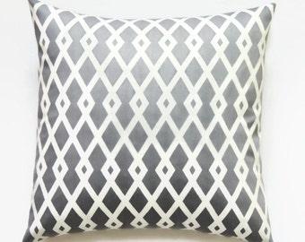 Gray Pillows, 18x18 Pillow Cover, Decorative Pillows, Geometric Throw Pillow, Accent Pillow, Modern Pillow Covers, Best Fret Nickel