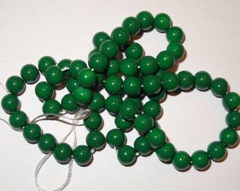 Green Baked Porcelain Glass Beads / 6mm