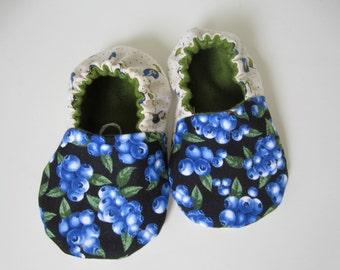 Organic baby, Maine blueberries,Vegan baby shoes, vegetarian baby, vegan baby, farmers market baby shower gift, blue baby shoes
