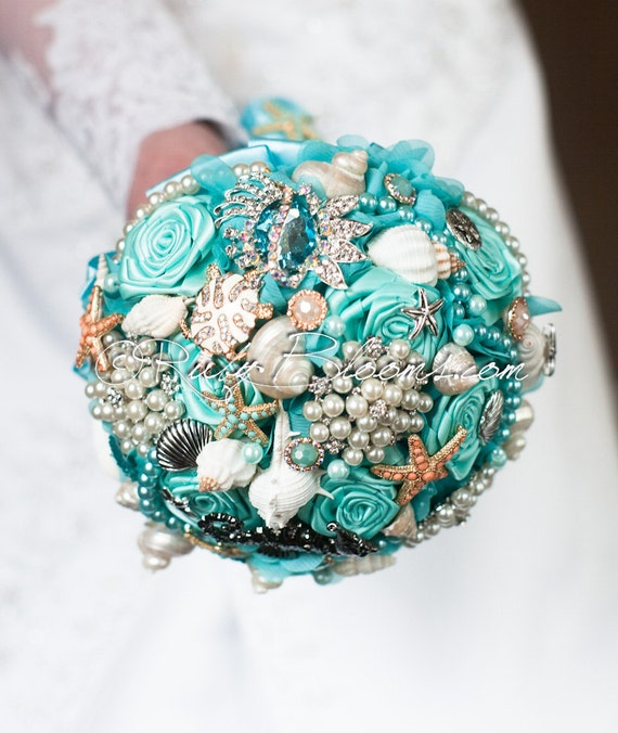 beach wedding brooch bouquet
