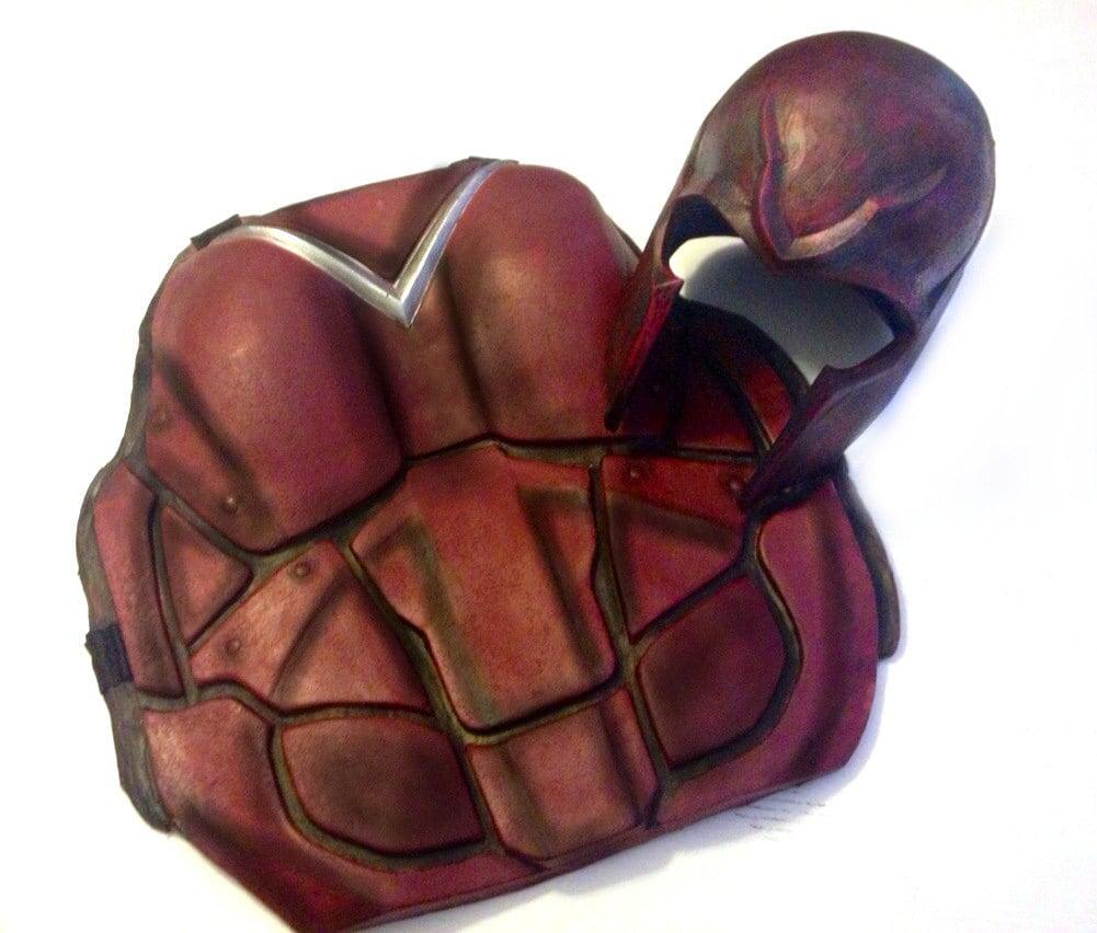 magneto helmet replica - photo #11
