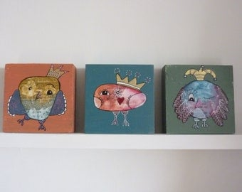 Three beautiful, funny owl paintings on 3D wood (10 x 10 x 2,5 cm)