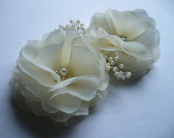 Flower Hair Pins - Ivory Headpieces - Bridal Hairpieces - Ivory Flower Pins - Bridal Flower Pins - Flower Grips - Flower Girl Gifts