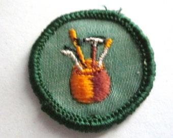 "Vintage Girl Scout Junior Badge circa 1960's ""Dabbler"""