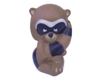 1971 Tom Remo Raccoon Bank