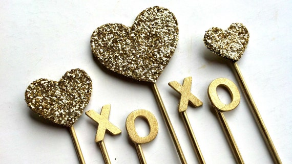 Gold XOXO Sparkle Cake Topper