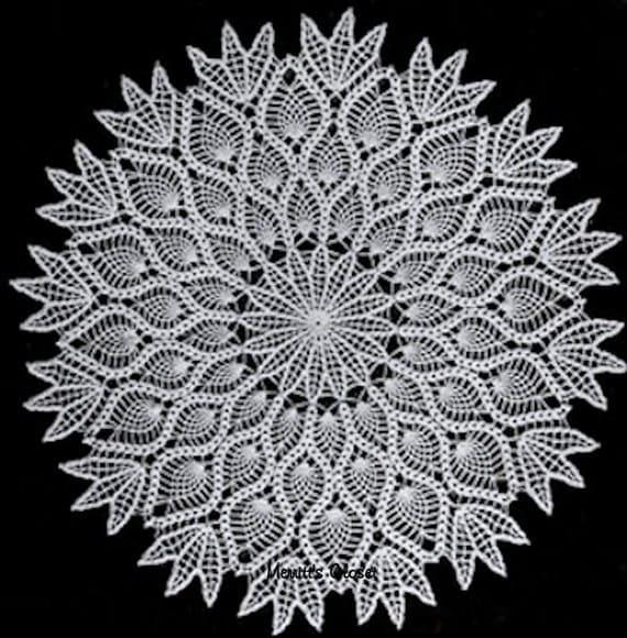 Crochet Patterns Vintage Doilies : Flower Pineapple Doily - Vintage Crochet Pattern, INSTANT DOWNLOAD PDF