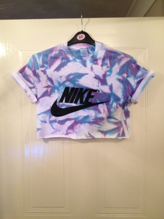 Unisex customised nike acid wash tie dye cropped t shirt for Nike tie dye shirt and shorts