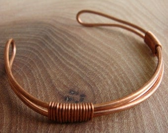 Copper Bracelet / Copper Bangle with triple band and a twist