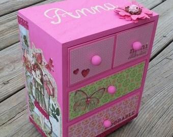 custom personalized  girl jewelry box, custom box,shades of pink decoupaged jewelry box, birthday gift, flower girl gift, bridesmaid gift