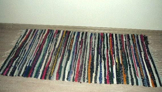 tapis tiss su dois nou s ray rouge geen coton par foxboxmarket. Black Bedroom Furniture Sets. Home Design Ideas