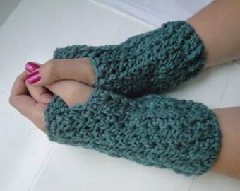 Handmade Wool Crochet Fingerless Gloves Wristers Wristwarmers Armwarmers Ladies Women's Girls Teens Trendy