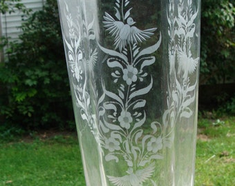 Signed Cenedese Etched Cristallo Art Glass Doves of Spring Vase