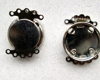 4 Silver Clasps for an 18mm Cabochon. 5 Holes