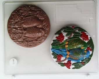 Pair of parrots on large round w/ tropical foliage AO111 Chocolate Candy Mold