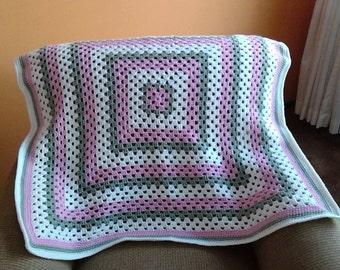 Granny Square Baby Blanket / Granny Square Afghan / Granny Square Throw/ Granny Square  Lapghan