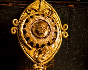 Steampunk pendant Antiqued Brass, 6 x 6 cm