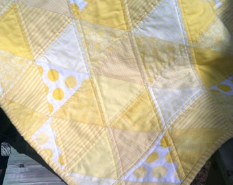 Yellow Triangle Quilt, Made with Low Volume Pastel Light Yellow