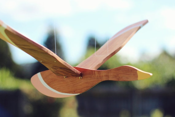 Vogel Pulling Tires : Wooden flying bird mobile by gwynethhulsedesign on etsy