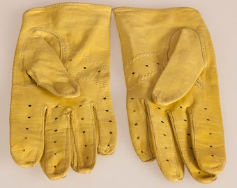 Yellow LEATHER Ladylike 60s DRIVING Gloves