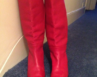 Vintage Red mid calf Boots