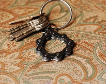 UpCYCLEd bike chain: Key Chain Bottle Opener