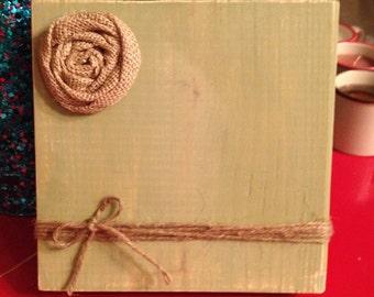 Sage Green Rustic Wood Photo Frame with Twine Holder & Burlap Flower (Sage Green)